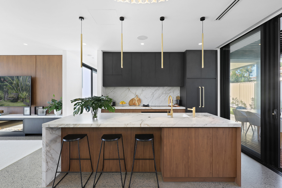 feilberg_place_abbotsford_high_kitchen_2jpg